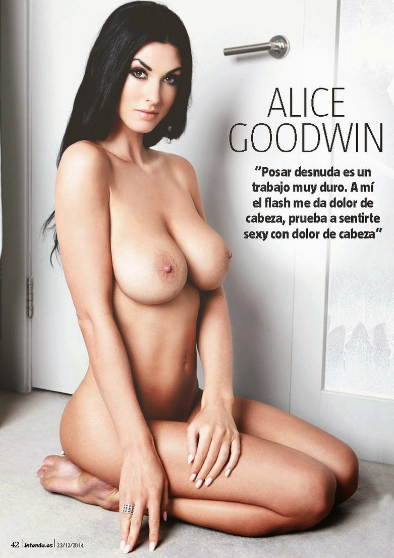 Alice Goodwin Naked in Interviu! 6