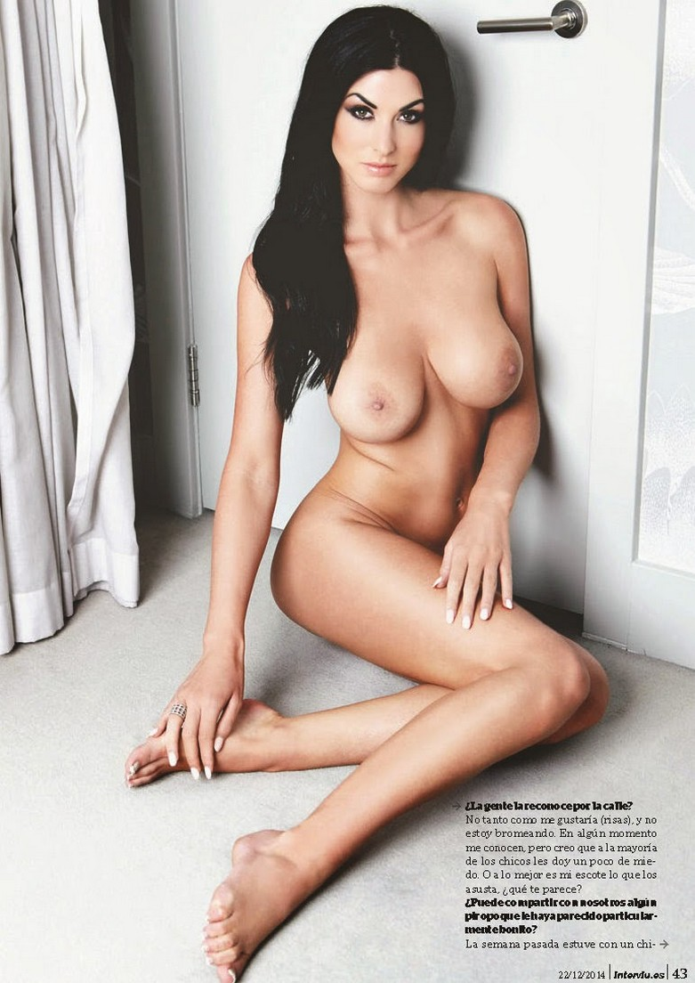 Alice Goodwin Naked in Interviu! 7