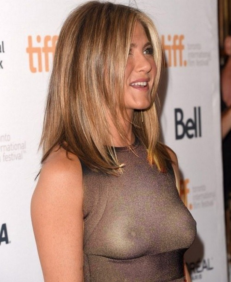 Jennifer Aniston Naked (X-Ray See Through Clothes) 2