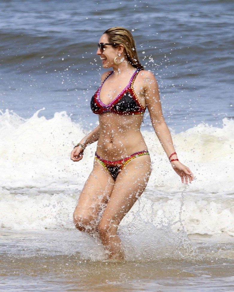 Leaked hot photos of Kelly Brook! 5