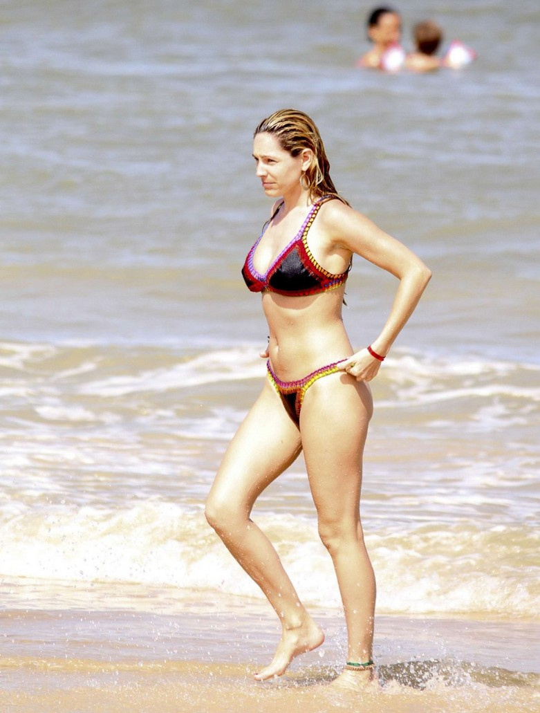 Leaked hot photos of Kelly Brook! 7