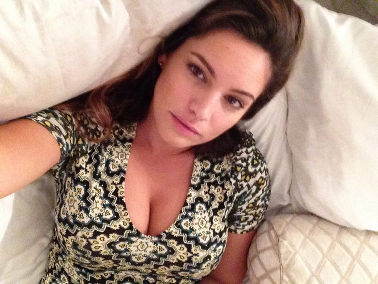 Leaked hot photos of Kelly Brook! 14