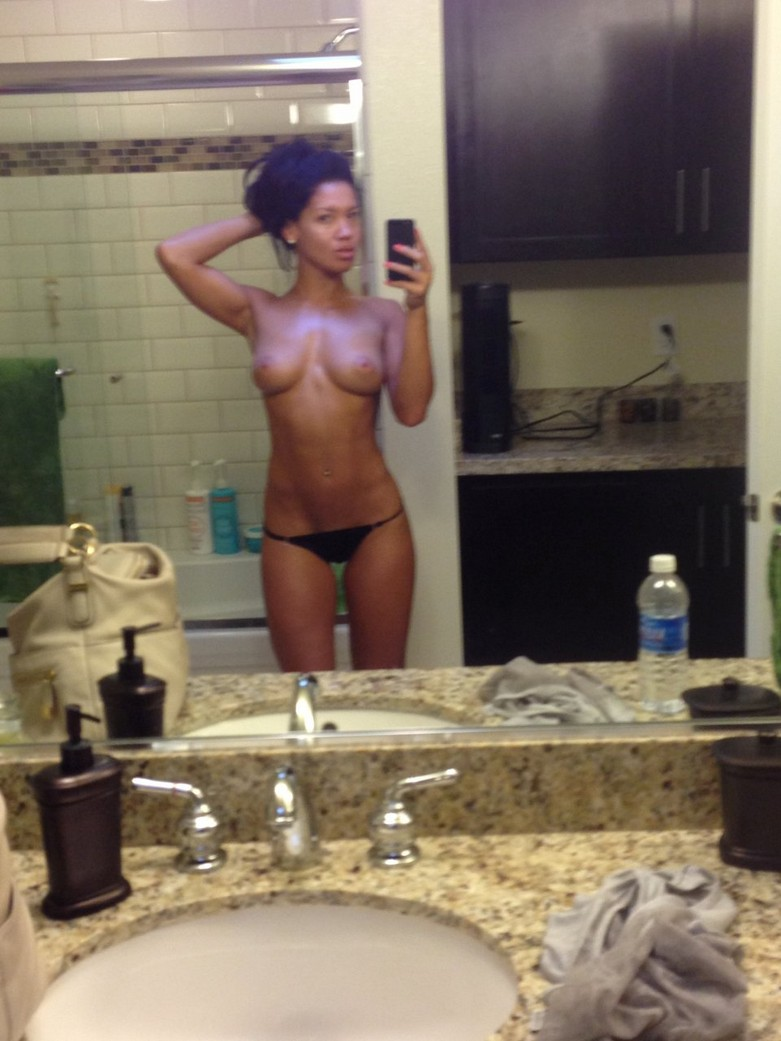 Leaked nude photos of Wailana Geisen from iCloud 40