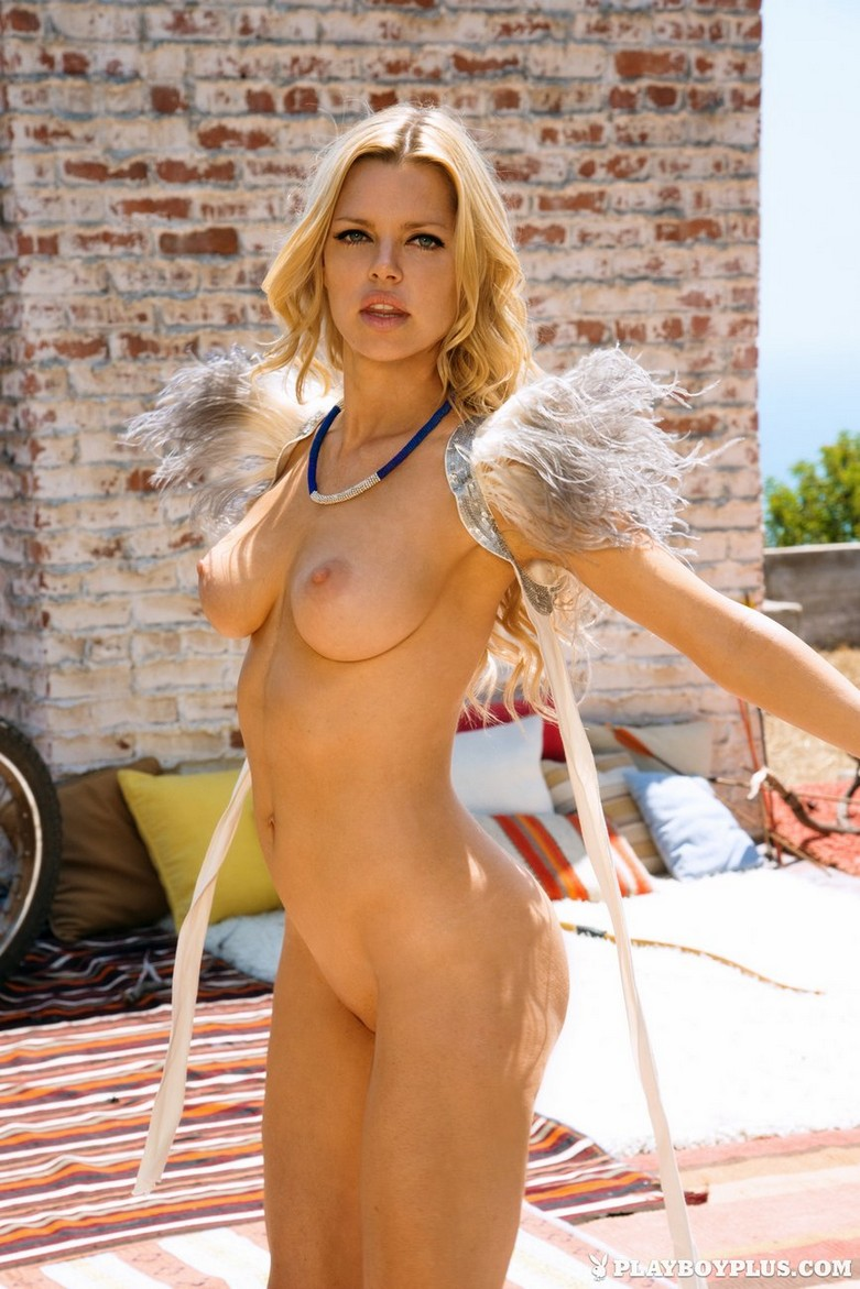 Sophie Monk - Hot Naked Photoshoot for Playboy! (32 pics) 28