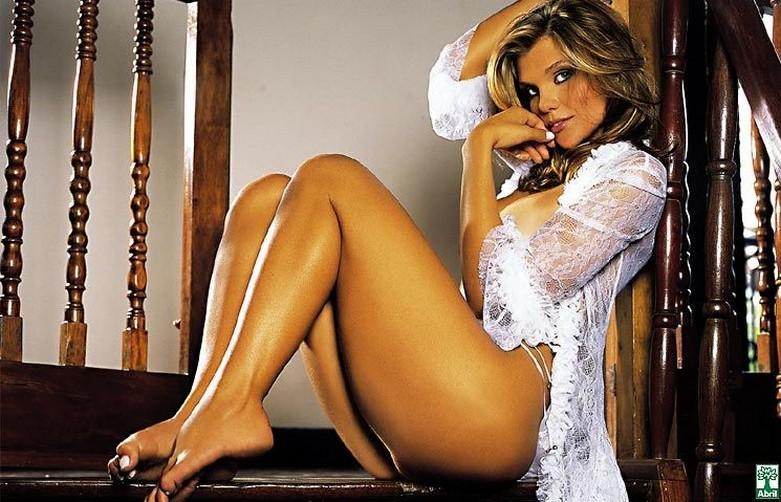 Daniela Cecconello - Brazilian Goddess Naked! 2
