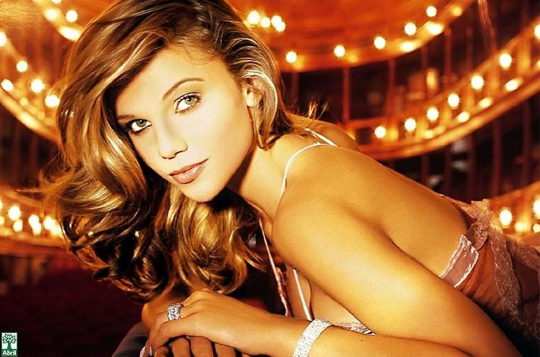 Daniela Cecconello - Brazilian Goddess Naked! 3