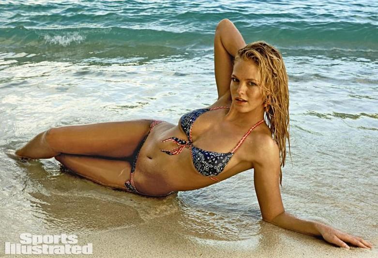Erin Heatherton – Sports Illustrated Swimsuit Issue 2015 22