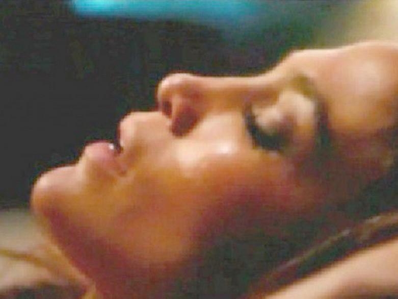 "Jennifer Lopez – Topless Sex Scene in the Movie ""The Boy Next Door"" 8"