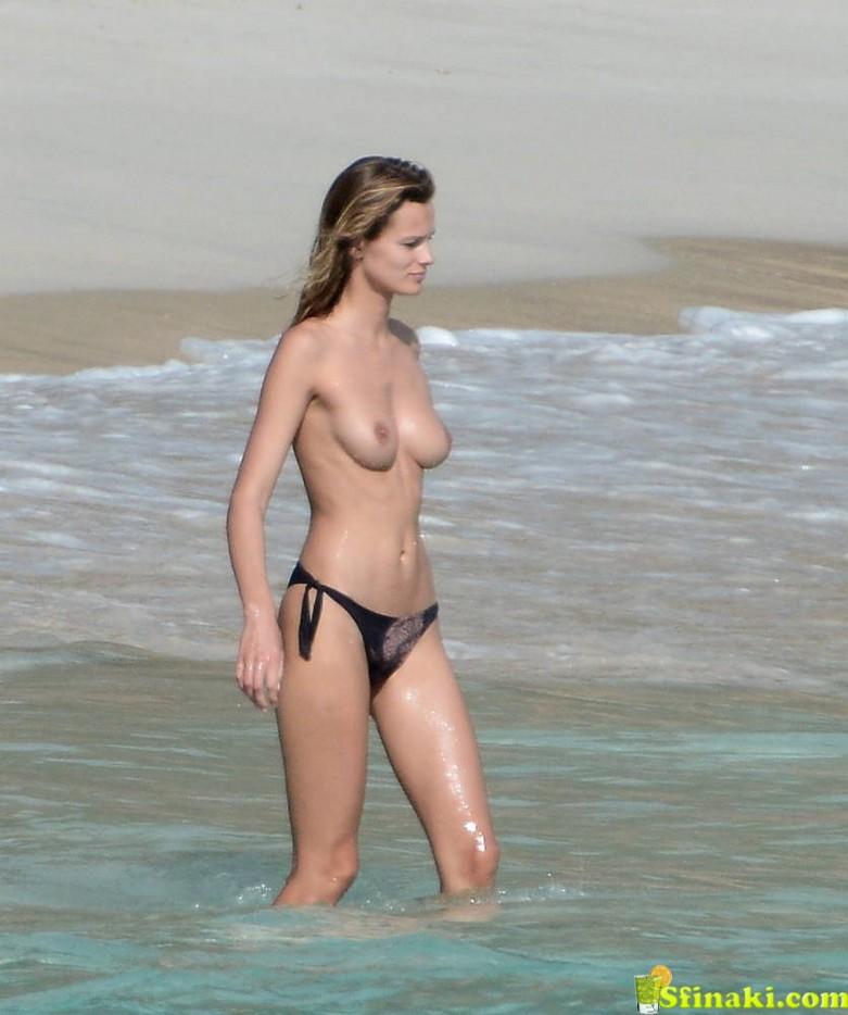 Edita Vilkeviciute Naked 5