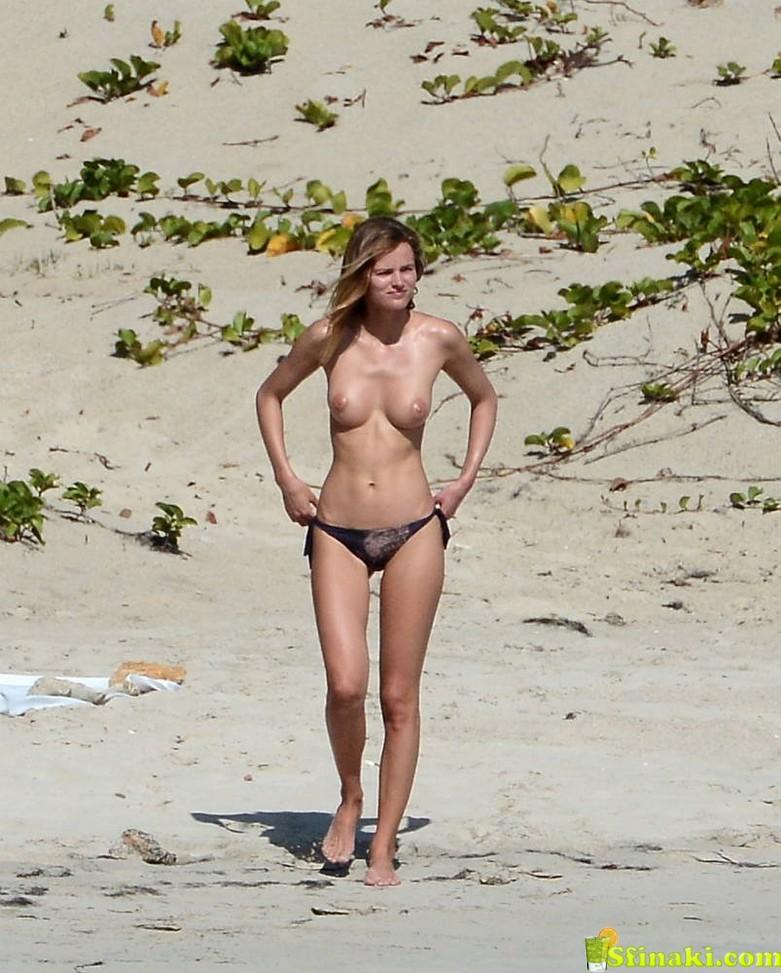 Edita Vilkeviciute Naked 6
