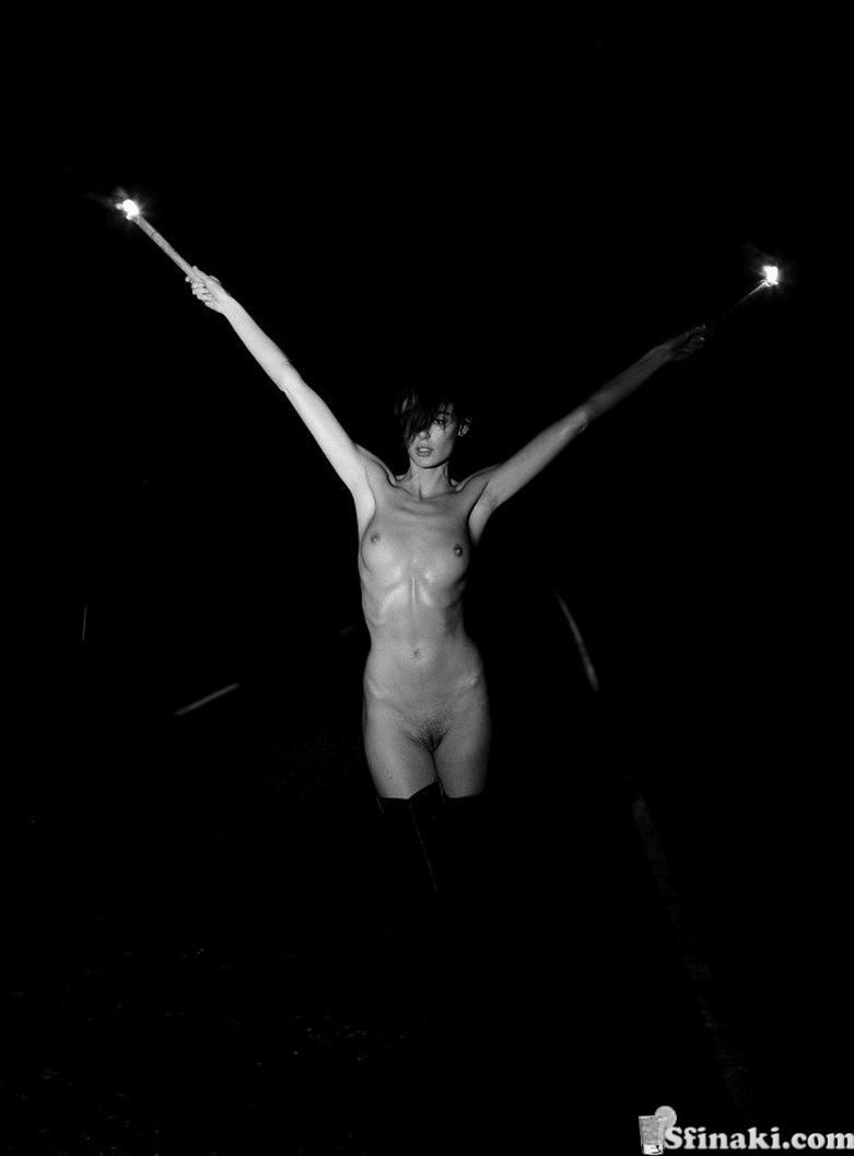 Nicole Trunfio Naked 8