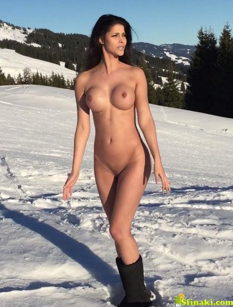 Micaela Schäfer Naked On Snow 7