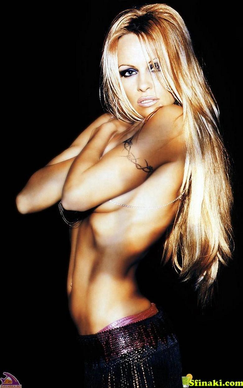 Pamela Anderson Naked 73