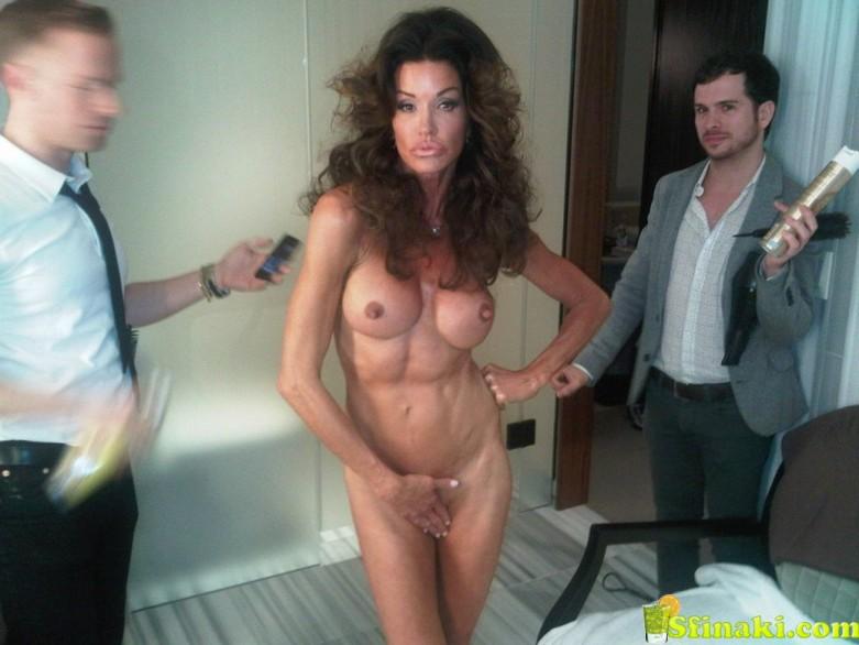 Janice Dickinson Naked