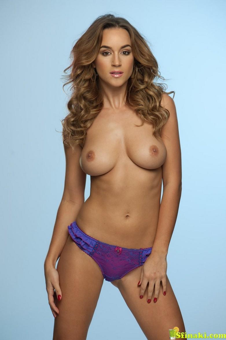 Rosie Jones Topless (3 New Photos) 2