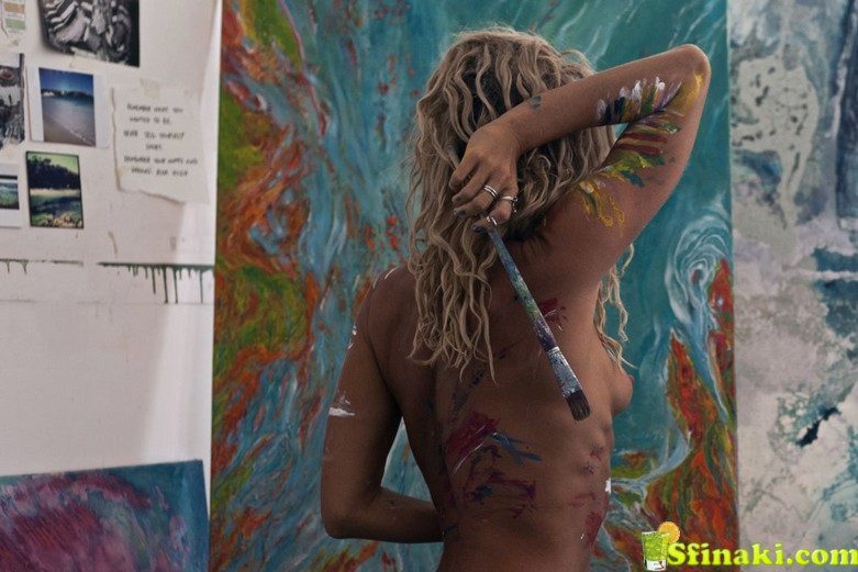 Sally Mustang Topless 1