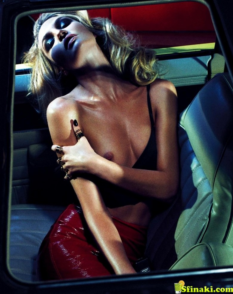 The Ultimate Candice Swanepoel Nude Photo Compilation 19