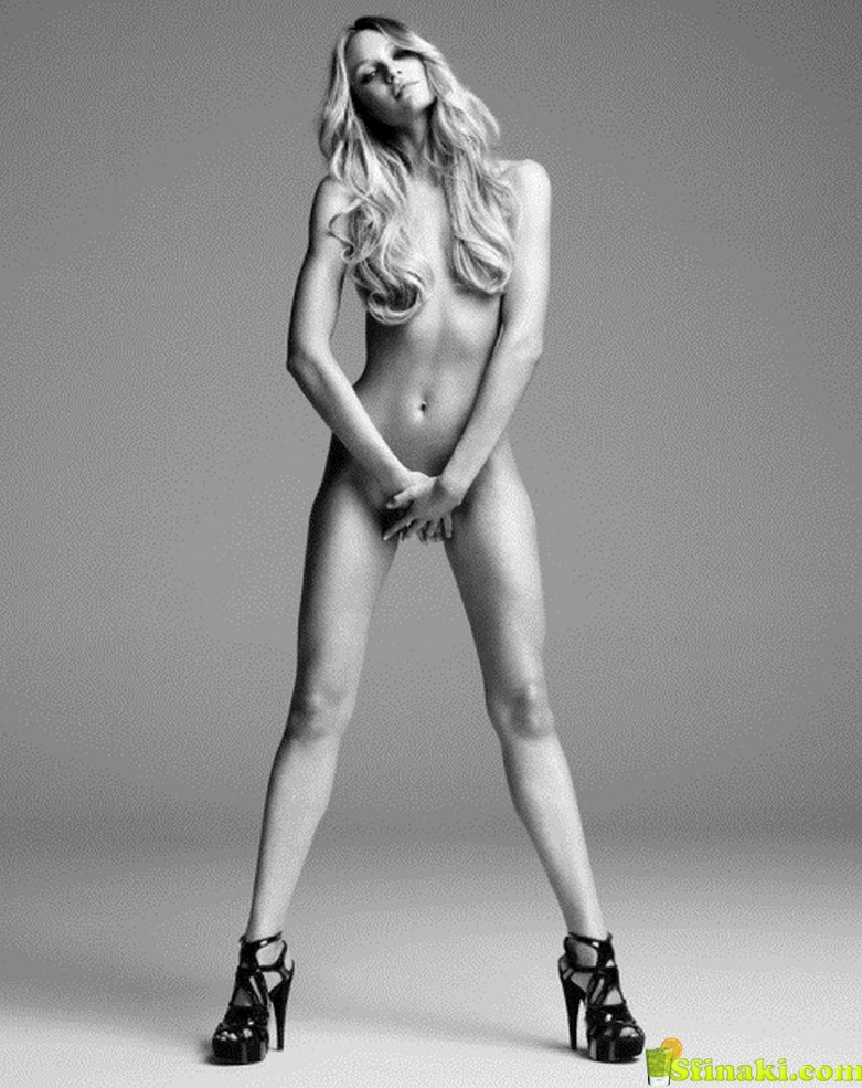 The Ultimate Candice Swanepoel Nude Photo Compilation 61
