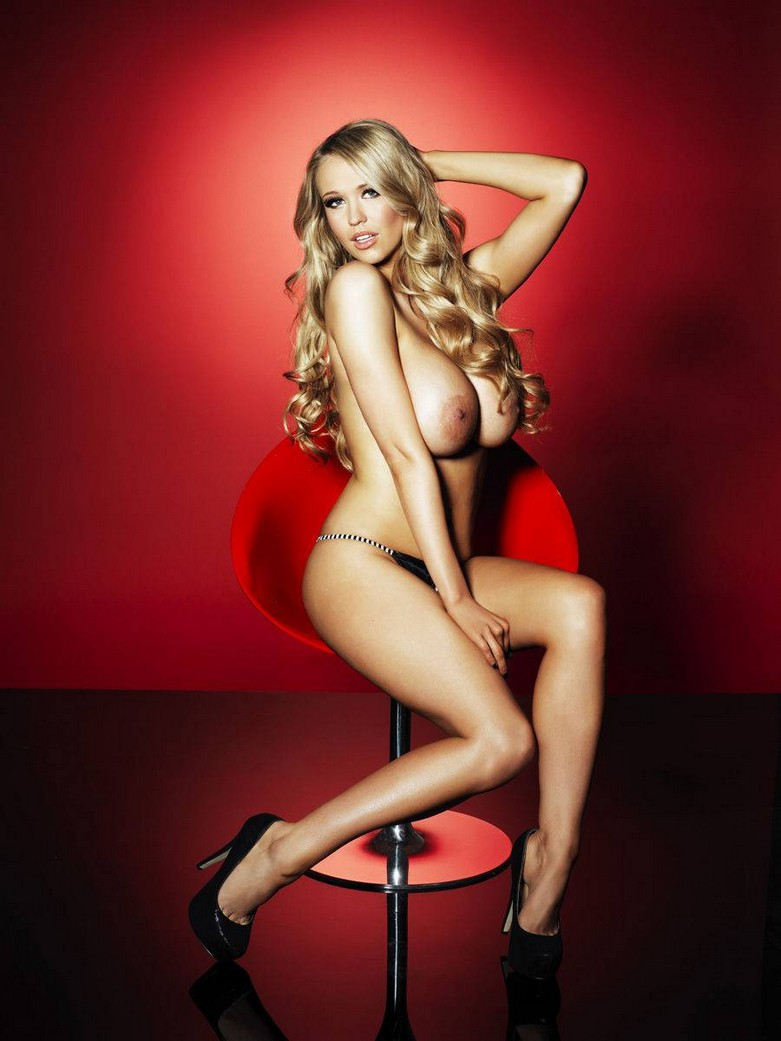 Sophie Reade – Nuts Magazine Topless Photoshoot! 12