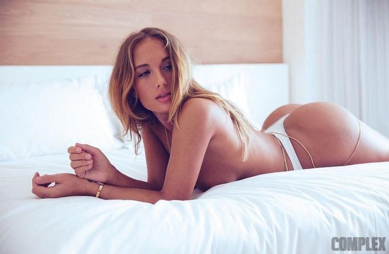 Niykee Heaton Topless 7