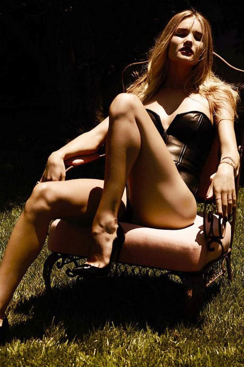 Rosie Huntington-Whiteley – Violet Grey Topless Photoshoot 2