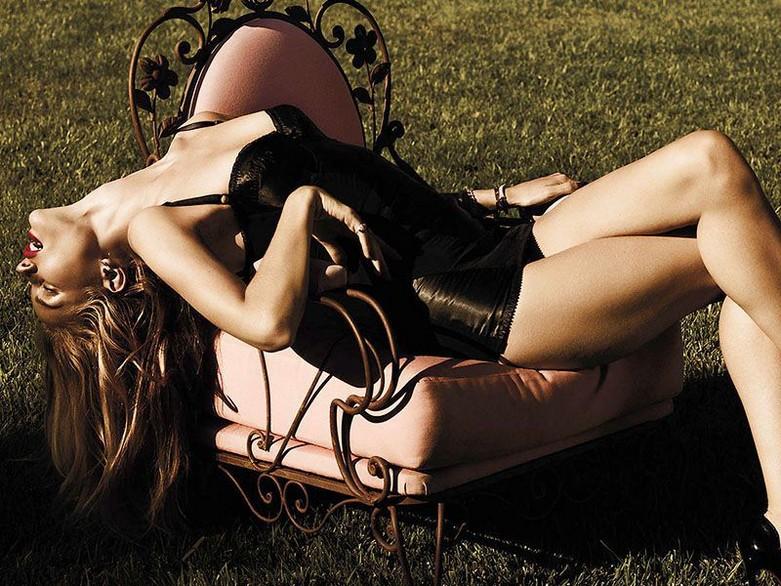 Rosie Huntington-Whiteley – Violet Grey Topless Photoshoot 3