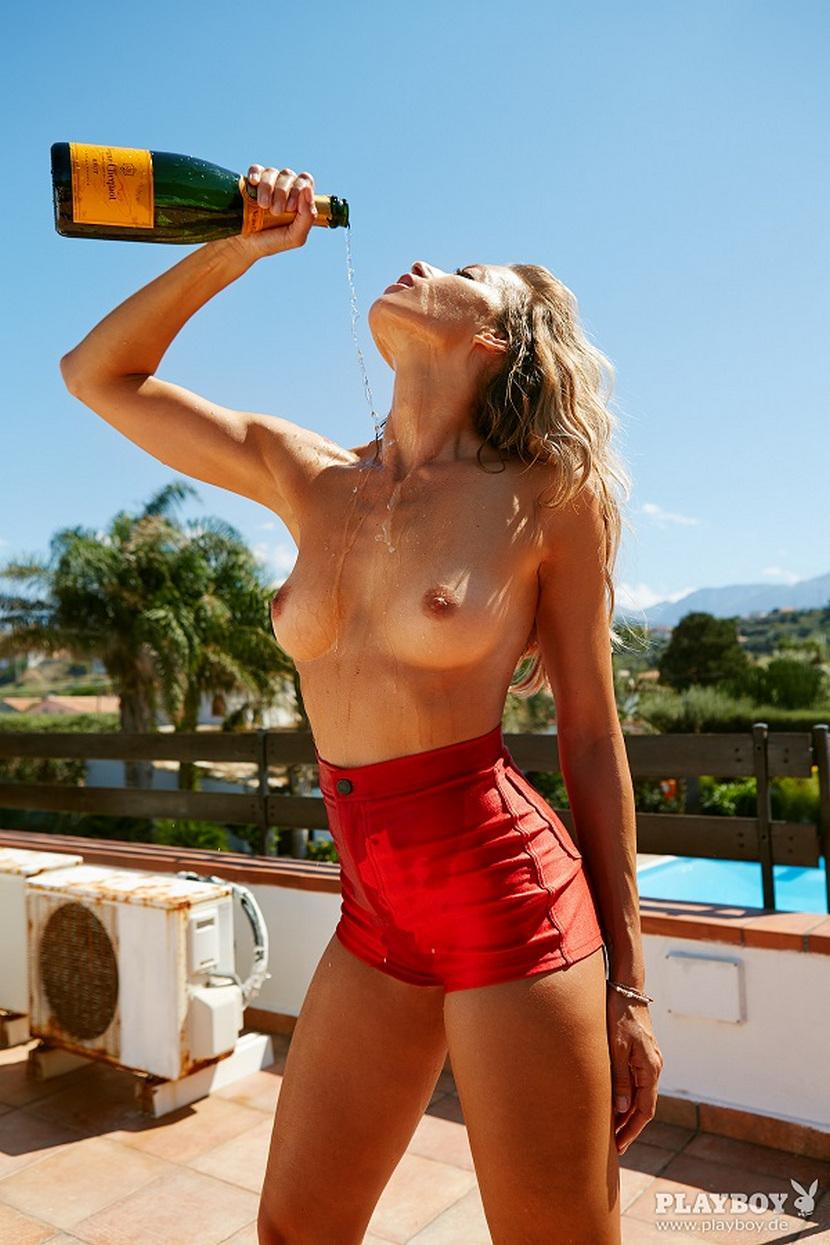 Sarah Valentina Winkhaus - Formula One Sports Expert Naked in Playboy (30 pics) 48