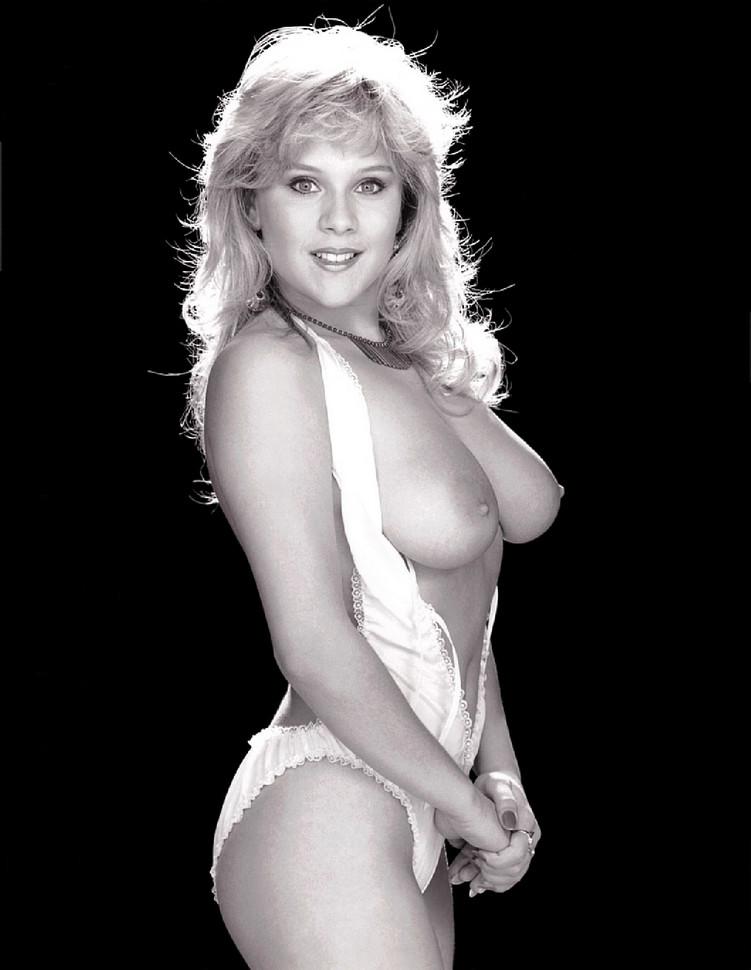 Samantha Fox – Nudes Mega Pack 74