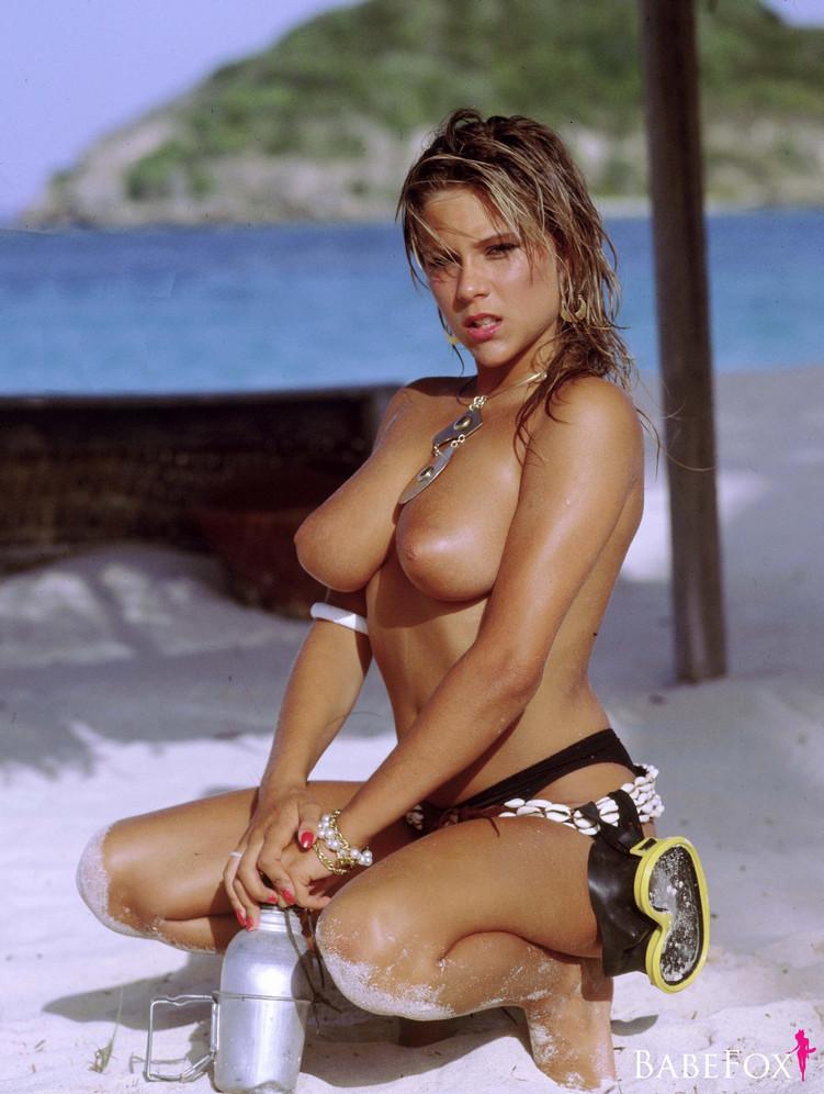 Samantha Fox – Nudes Mega Pack 124