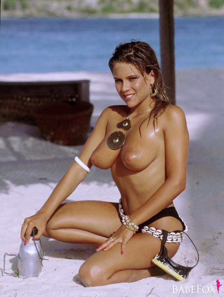 Samantha Fox – Nudes Mega Pack 126