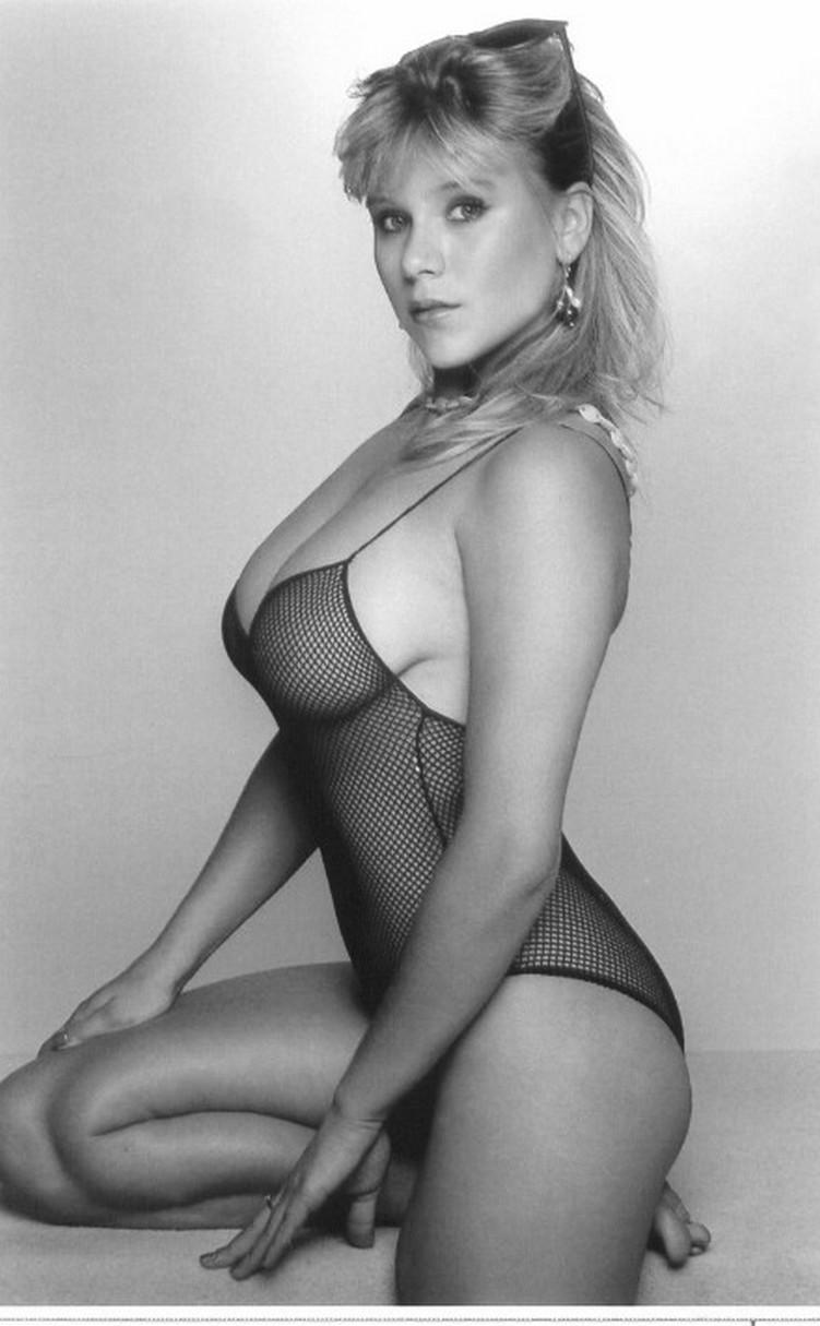 Samantha Fox – Nudes Mega Pack 138
