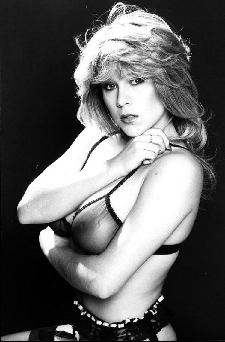 Samantha Fox – Nudes Mega Pack 142