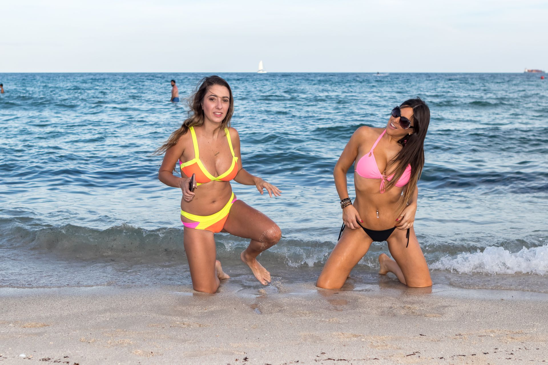 Claudia Romani, Lauren Francesca Sexy (22 Photos) 10