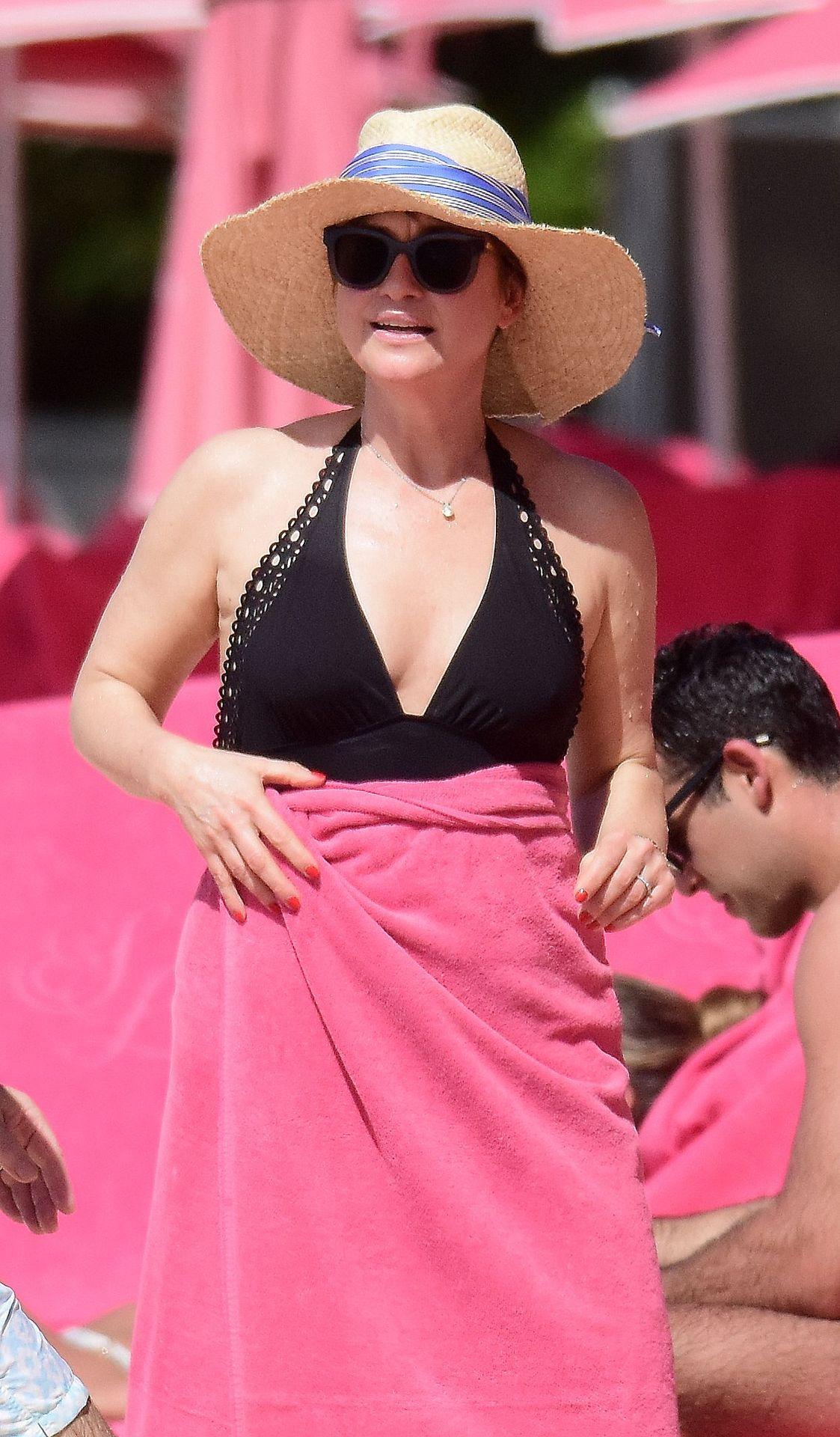 Emma Forbes Hot (70 Photos) 67