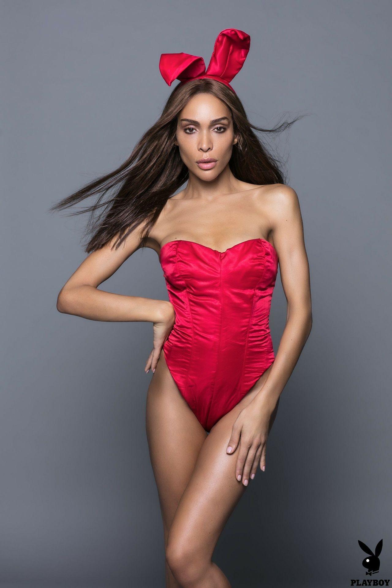 Ines Rau Nude & Sexy (24 Photos) 17