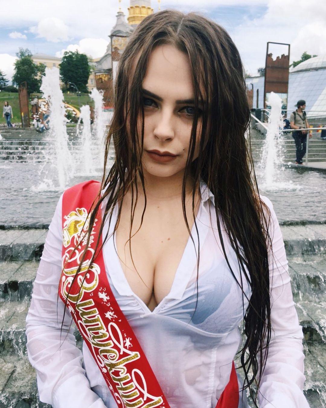 Mikhalina Novakovskaya Nude & Sexy (61 Photos) 8