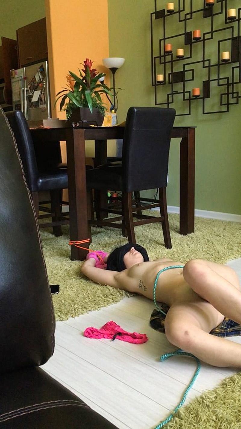 Bex Taylor-Klaus Nude — Lesbian Actress Leaked Pics ! 25