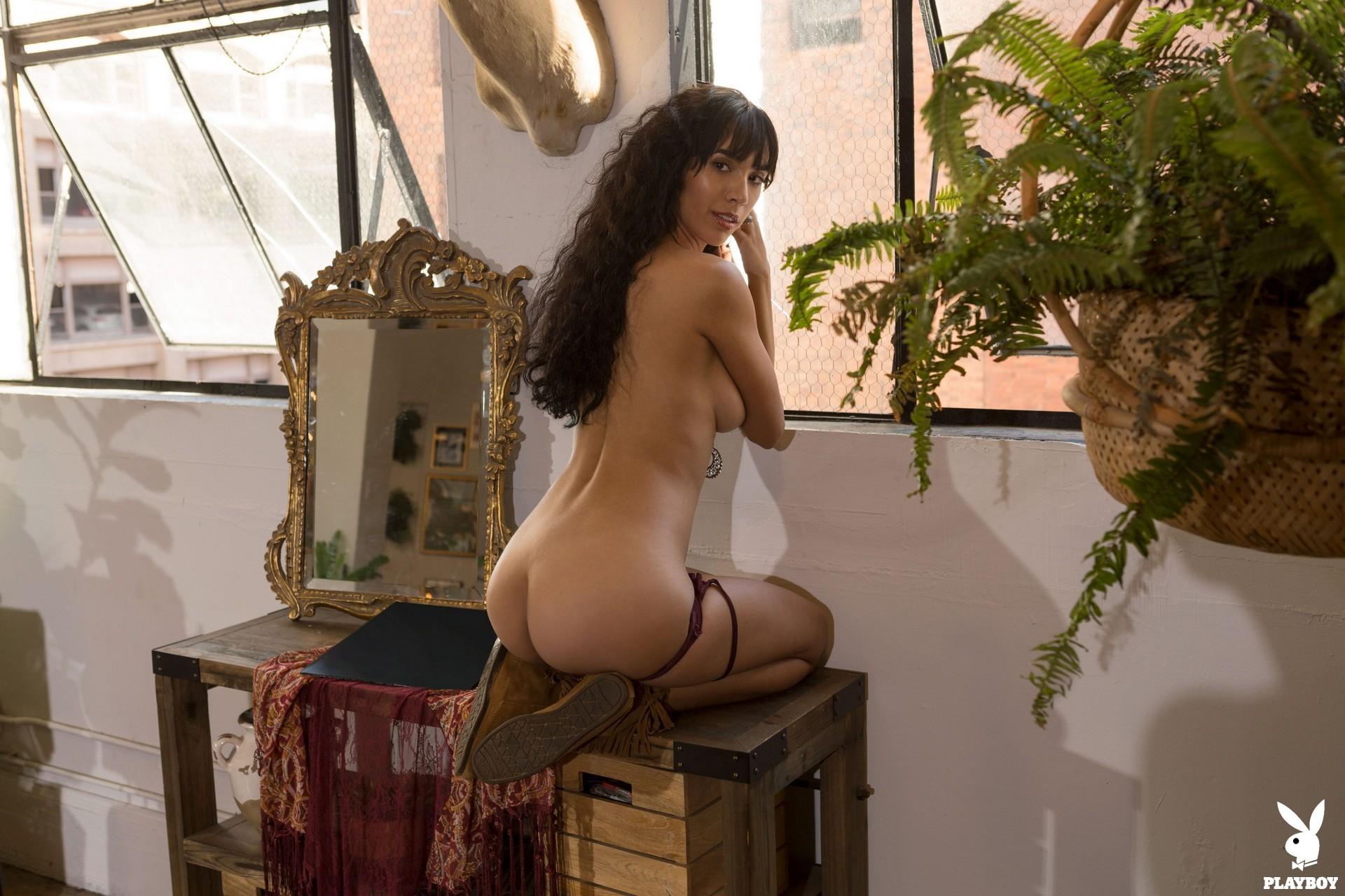 Erika De Leija in Funky and Free - Playboy Plus 3