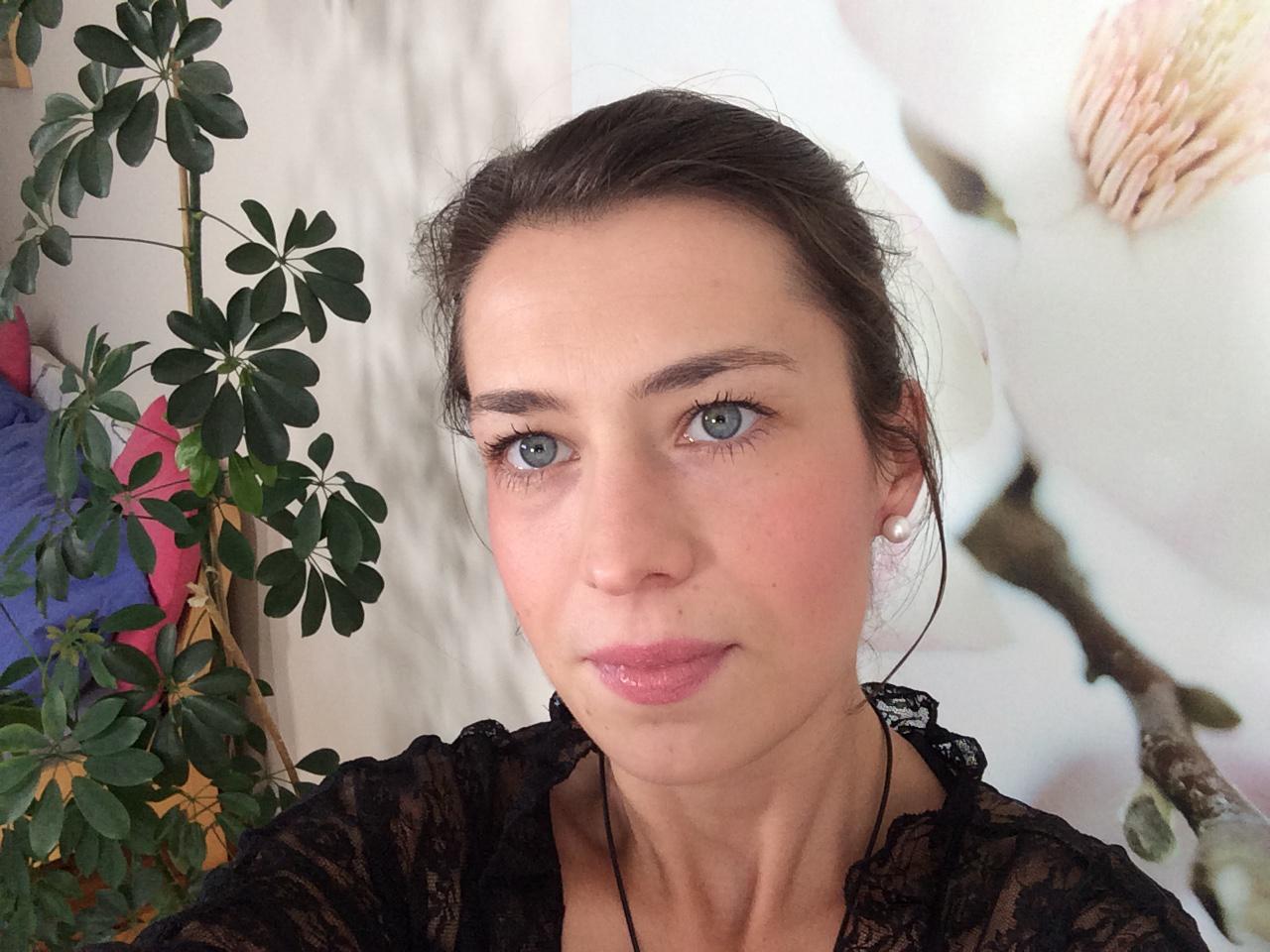 Ersties.com - Freya: The Art of Presentation 3