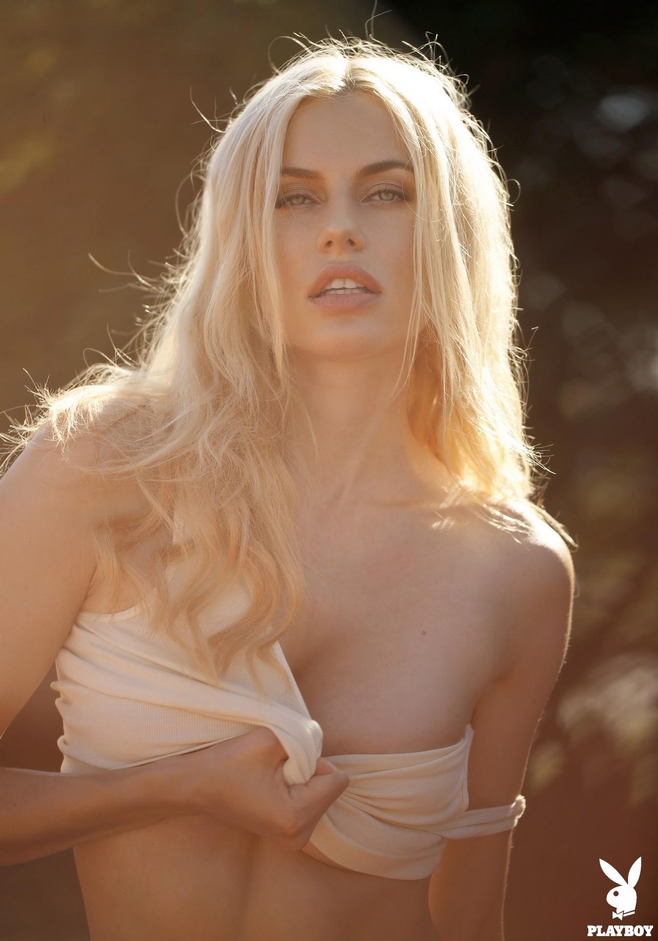 Playmate October 2018: Olga De Mar – Playboy Plus -