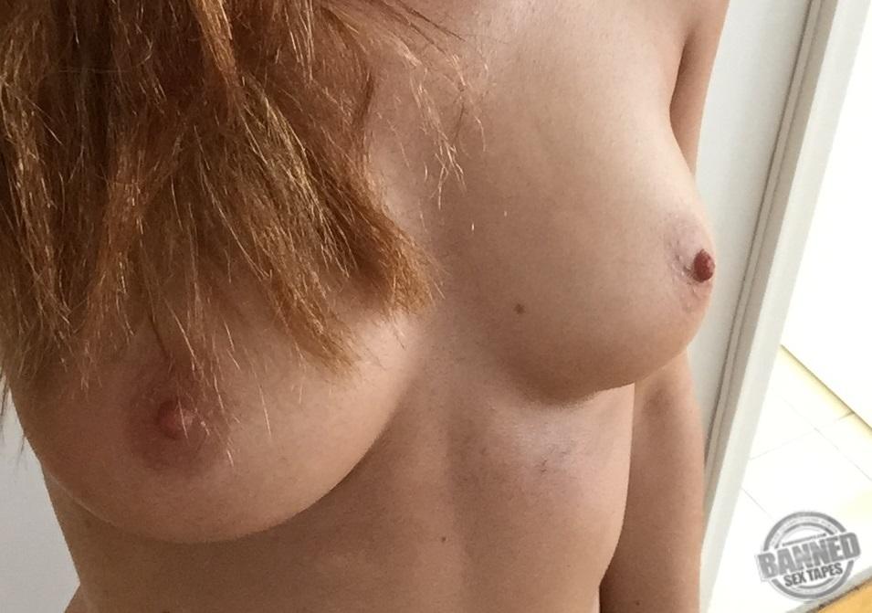 Bonnie Wright Leaked Nude Photos 023