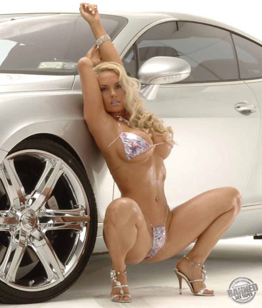 Nicole Coco Austin 026