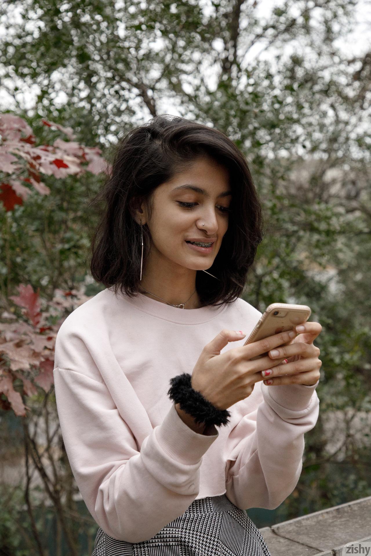 Ushna Malik Deranged Marriage Zishy (41)
