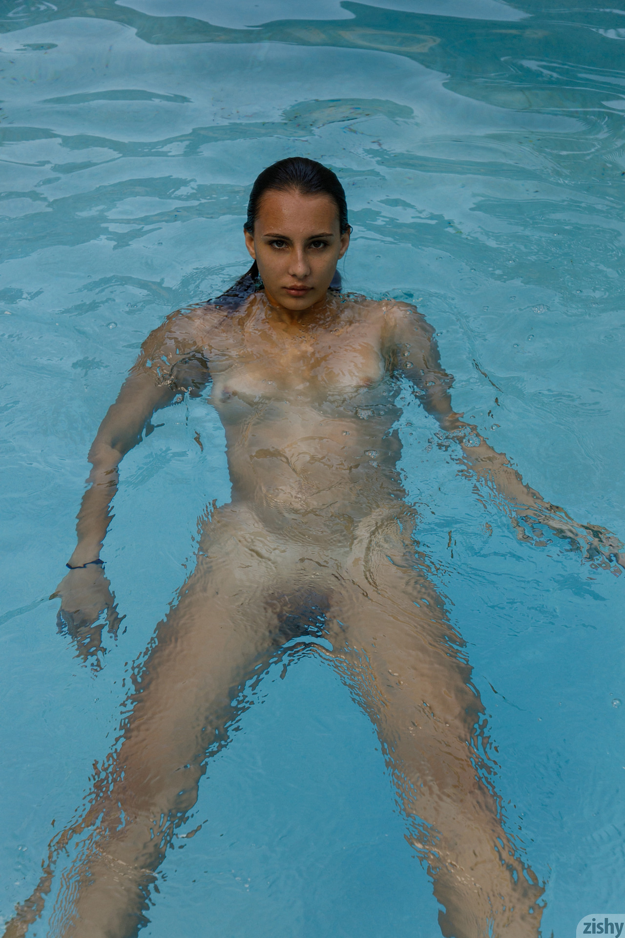 Lilo Mai Dolphin Bodies Zishy (51)