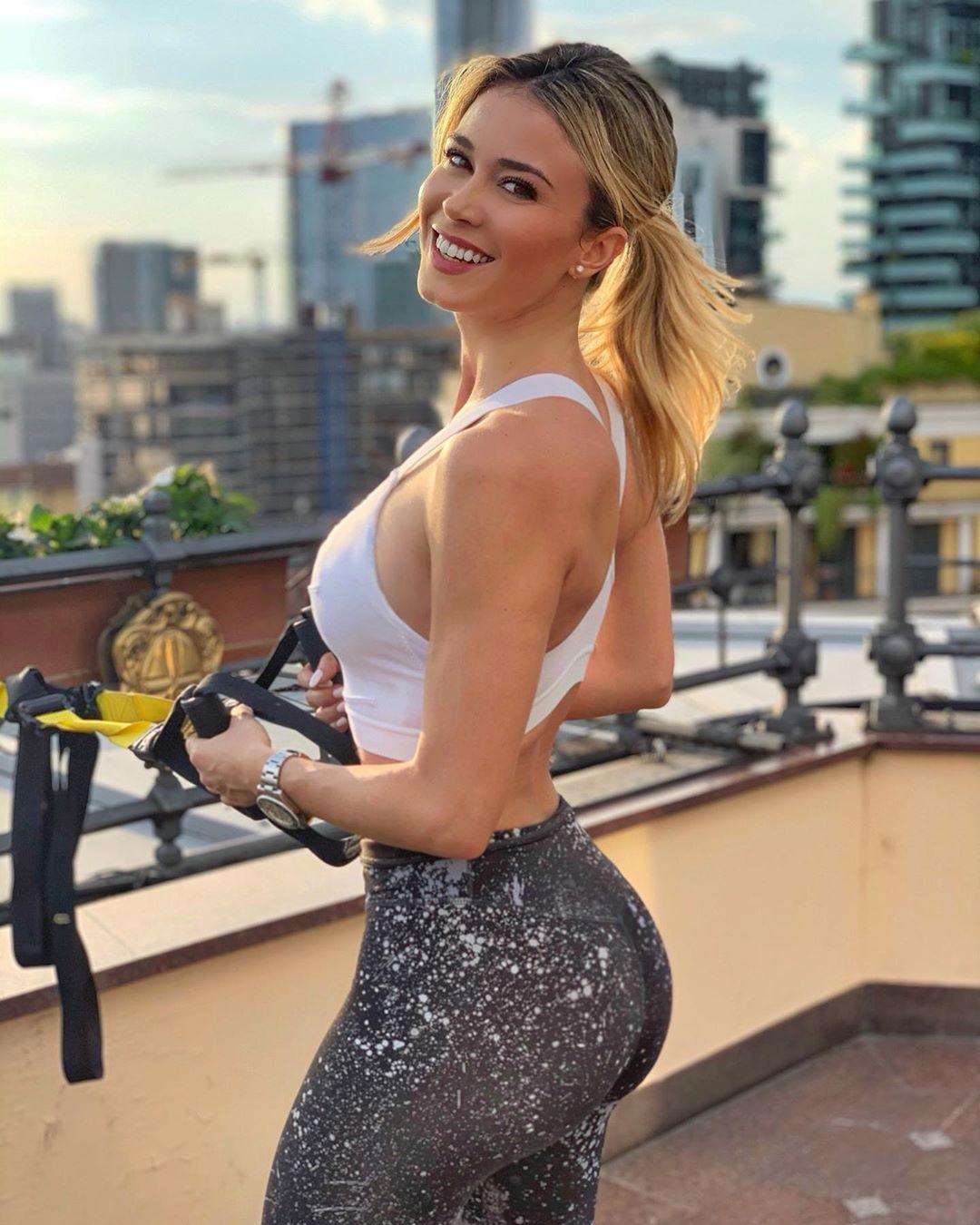 Diletta Leotta Sexy 035