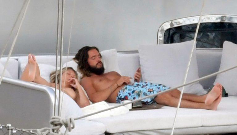 Heidi Klum Nude Sexy Thefappeningblog Com 1 2 1024x1477
