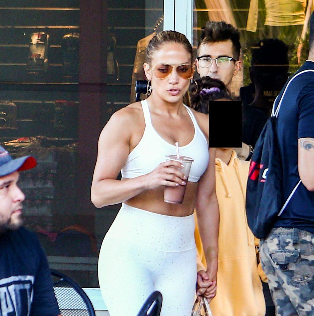 Jennifer Lopez Sexy Thefappeningblog Com 15 1 1024x1030