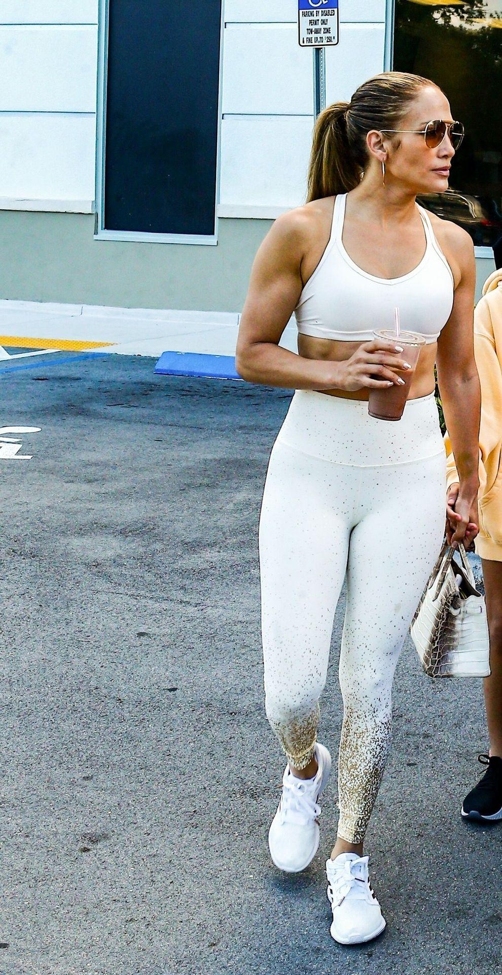 Jennifer Lopez Sexy Thefappeningblog Com 25 1