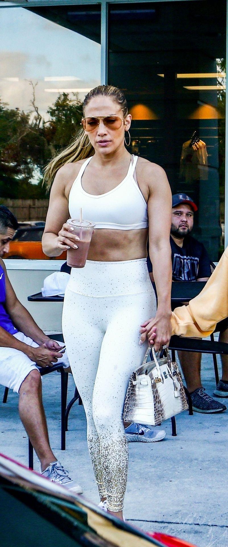 Jennifer Lopez Sexy Thefappeningblog Com 29 1
