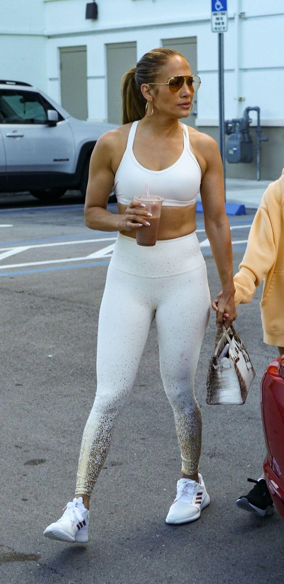 Jennifer Lopez Sexy Thefappeningblog Com 40 1